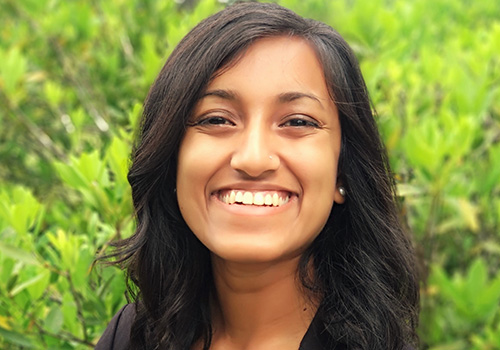 Ishika Khondaker Named UF Outstanding Four-Year Scholar