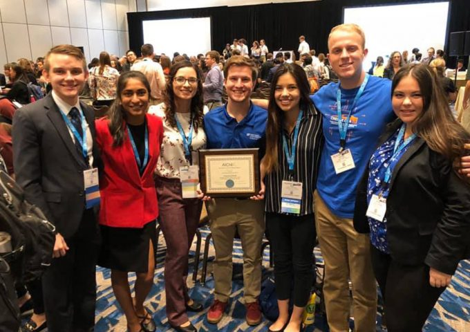 UF Students And Faculty Shine At AIChE